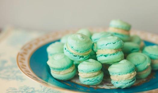 Marie Antoinette macaron