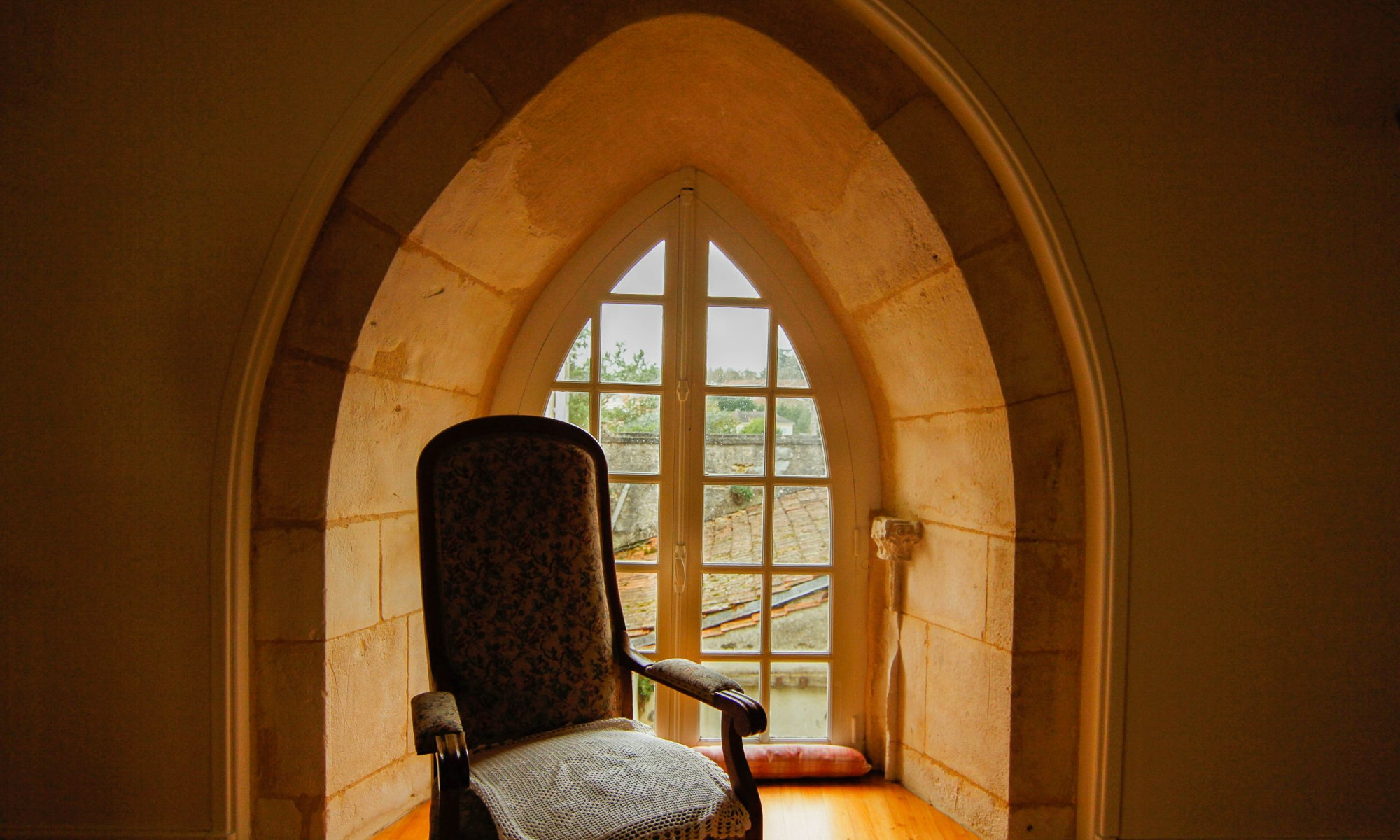 french manor house bedroom